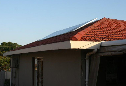6 photovoltaic panels on tiled roof